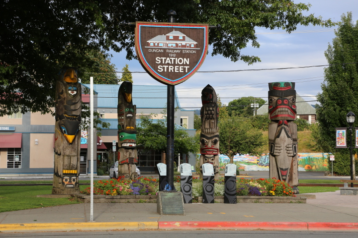 Duncan: City of Totems